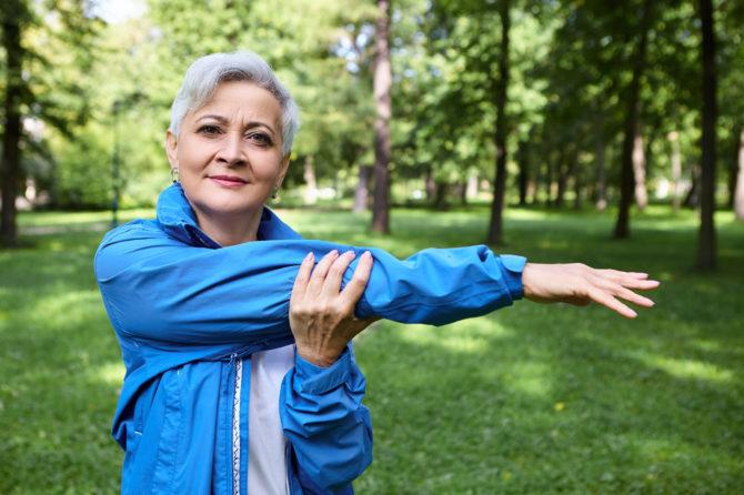 Por que a osteoporose atinge mais as mulheres?
